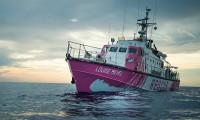 Banksy'nin yardım gemisi Akdeniz'de mahsur kaldı
