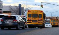 New York'ta okulların açılması bir kez daha ertelendi