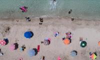 Turizm gelirlerinde düşüş sürüyor