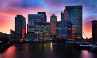 İngiltere'de bankacılar belirsizlikle savaşıyor