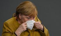 Merkel'in panik anları!