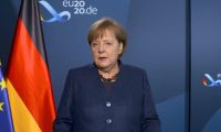 Merkel: Yaz ayına kadar herkes aşılanacak