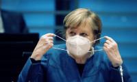 Merkel: Üçüncü dalganın içindeyiz