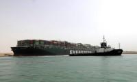 Süveyş Kanalı'nda sıkışan gemi lojistik sektörünün gündeminde