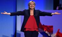 Marine Le Pen cumhurbaşkanlığı seçimine adaylığını açıkladı