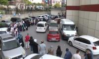 İstanbul'daki hastanelerde sevindiren kuyruk