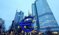 ECB, ekonominin hızlanmasını bekliyor