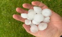 Silivri'de ceviz büyüklüğünde dolu yağışı