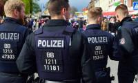 Alman polisi, PKK ile bağlantılı derneğin toplanmasına izin vermedi
