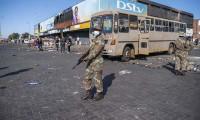Güney Afrika'da halka 'yağmacı' çağrısı