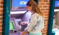 Bankalar işlem ücretlerinde kontrolü kaybetti