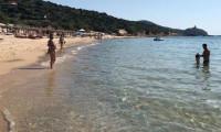 Sardinya kumsallarından 6 ton kum çaldı