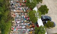 Çin üniversitelerinde korona kuralları nedeniyle koli tsunamisi yaşanıyor