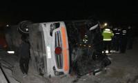 Yolcu otobüsü devrildi: 14 yaralı var!