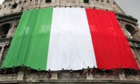 İtalya'da hükümet yılan hikayesine döndü