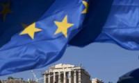 Yunanistan'da reform üstüne reform