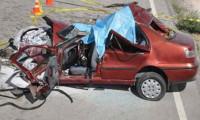 İnanılmaz kaza bir aileye mezar oldu: 5 ölü