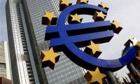 Euro 2 yılın zirvesinde