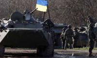 Ukrayna askerleri Slavyansk'ı kuşattı