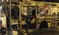 İstanbul'da İETT otobüsünü yaktılar