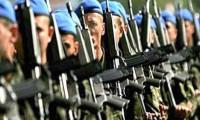 Bin euro'ya dövizle askerlik komisyondan geçti