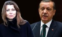 Elif Şafak'tan Erdoğan'a şok suçlama