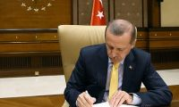 Erdoğan'dan iki kanuna onay