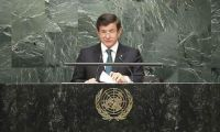 Davutoğlu: Suriye Esad'sız düşünülmeli