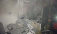 Bankada çıkan yangında 13 kişi mahsur kaldı