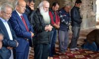 Gürcü başpiskopos İznik'te cuma namazı kıldı
