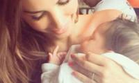 Yolanthe Cabau ve oğlundan ilk fotoğraf