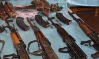 Siirt'te fıstık bahçesinde PKK silahları