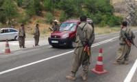 Diyarbakır'da PKK yol kesti
