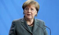 Merkel: 'Sığınmacılar Yunanistan'da kalabilir'