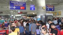 Havalimanlarında o kişilere sıkı takip!