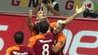 Galatasaray son dakikada kazandı, capsler patladı