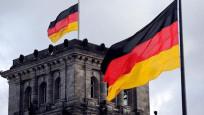 Alman hükümetini açık açık tehdit etti!
