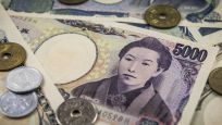 Yen ticaret belirsizliğinin sürmesiyle yükseldi