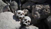 Baraj suyu çekilince insan kafatası ve kemikleri ortaya çıktı