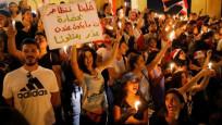 Lübnan'da bakan ve vekil maaşları yarıya indiriliyor