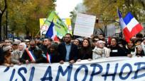 Paris'te İslamofobi karşıtı gösteri