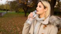 Kışın su içmek üşümeyi engelliyor!