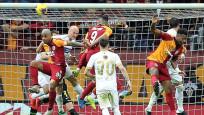 Galatasaray son dakikada yıkıldı
