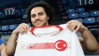 Sosyal medyada Larkin'e Türkçe isim seferberliği