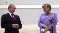 Putin ile Merkel telefonla görüştüler