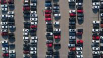 Kasım'da otomobil ve hafif ticari araç pazarı daraldı