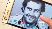 Kardeşi Escobar adıyla cep telefonu çıkardı
