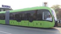 Çin'de sürücüsüz ve raysız tramvay seferlere başlıyor