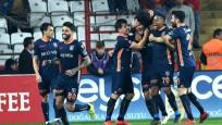 Medipol Başakşehir, Antalyaspor'u tek golle geçti