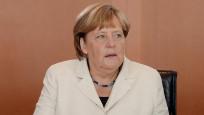 Merkel enflasyonun yükselmesini, faizin artırılmasını istedi
